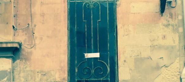 Grata fallica Lecce via palmieri